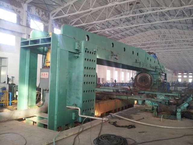2000吨水压试验机